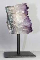 Amethyst on metal stand No. AMM40