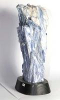 Kyanite with base No. DIST6