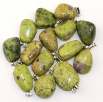 Pendant Stichtit in Serpentine with 925 silver loop